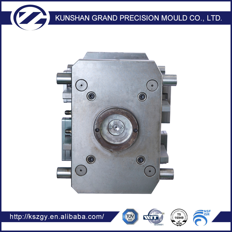plastic injection mould for auto